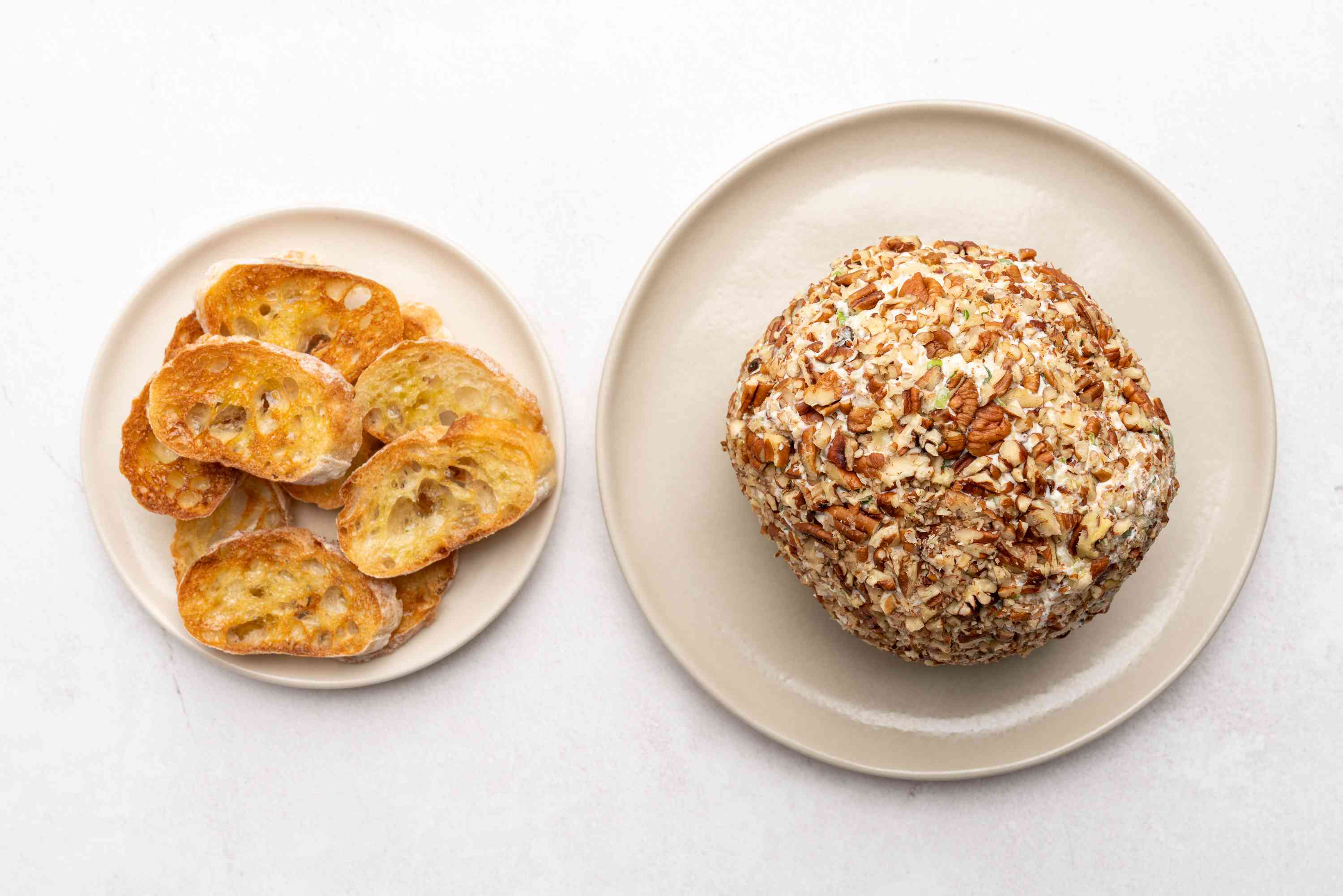 Pineapple Cheese Ball served with toasted bread
