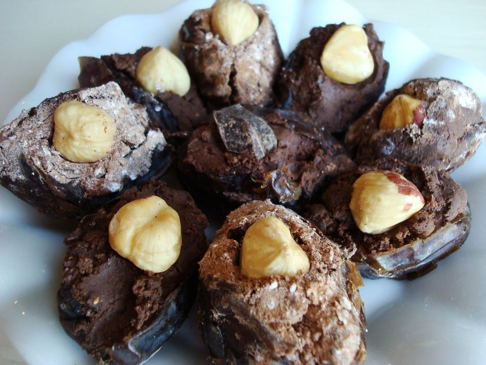 Chocolate-Hazelnut-Dates.JPG