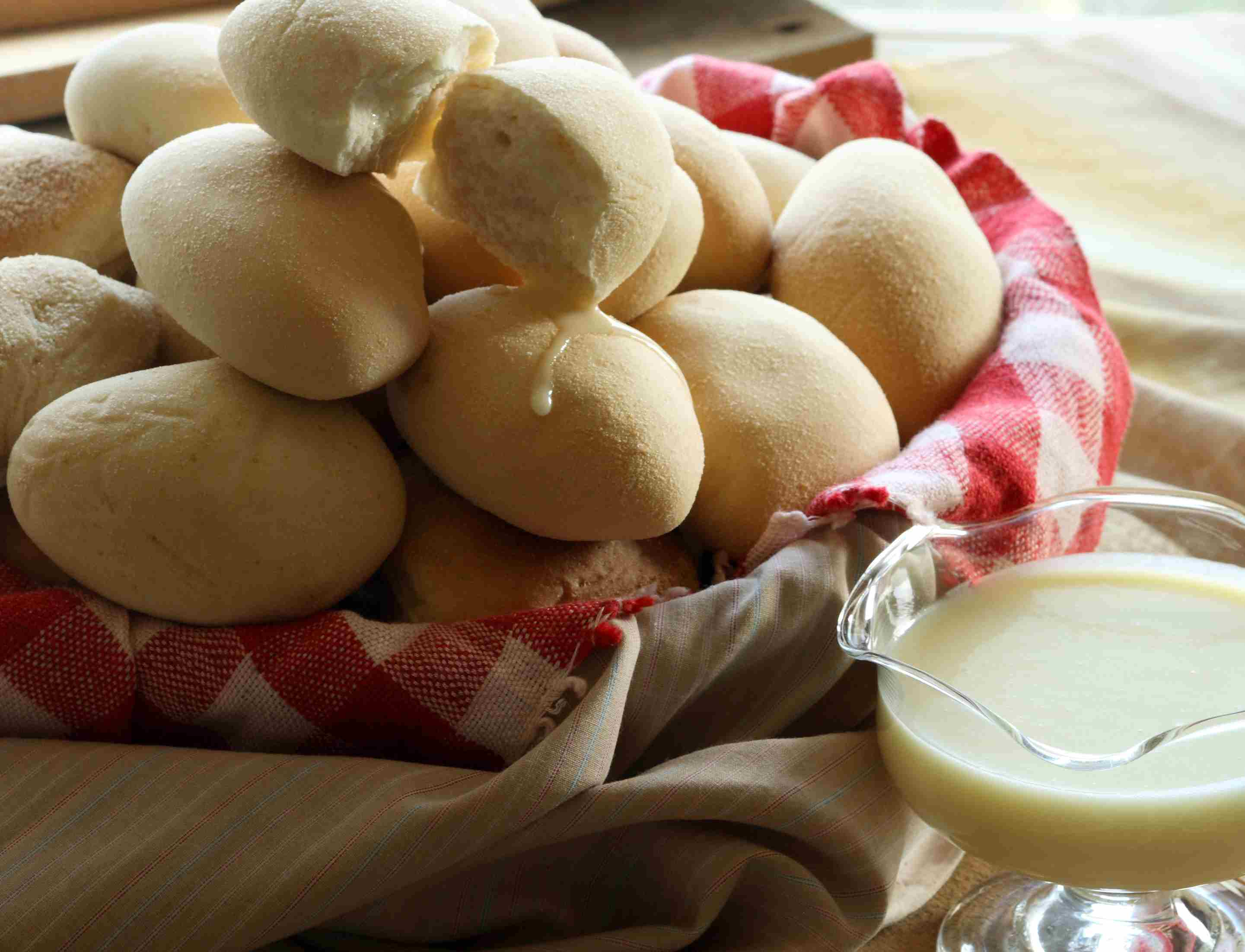 Milk rolls