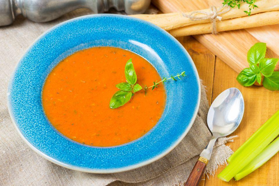 Healthy Tomato Basil Soup
