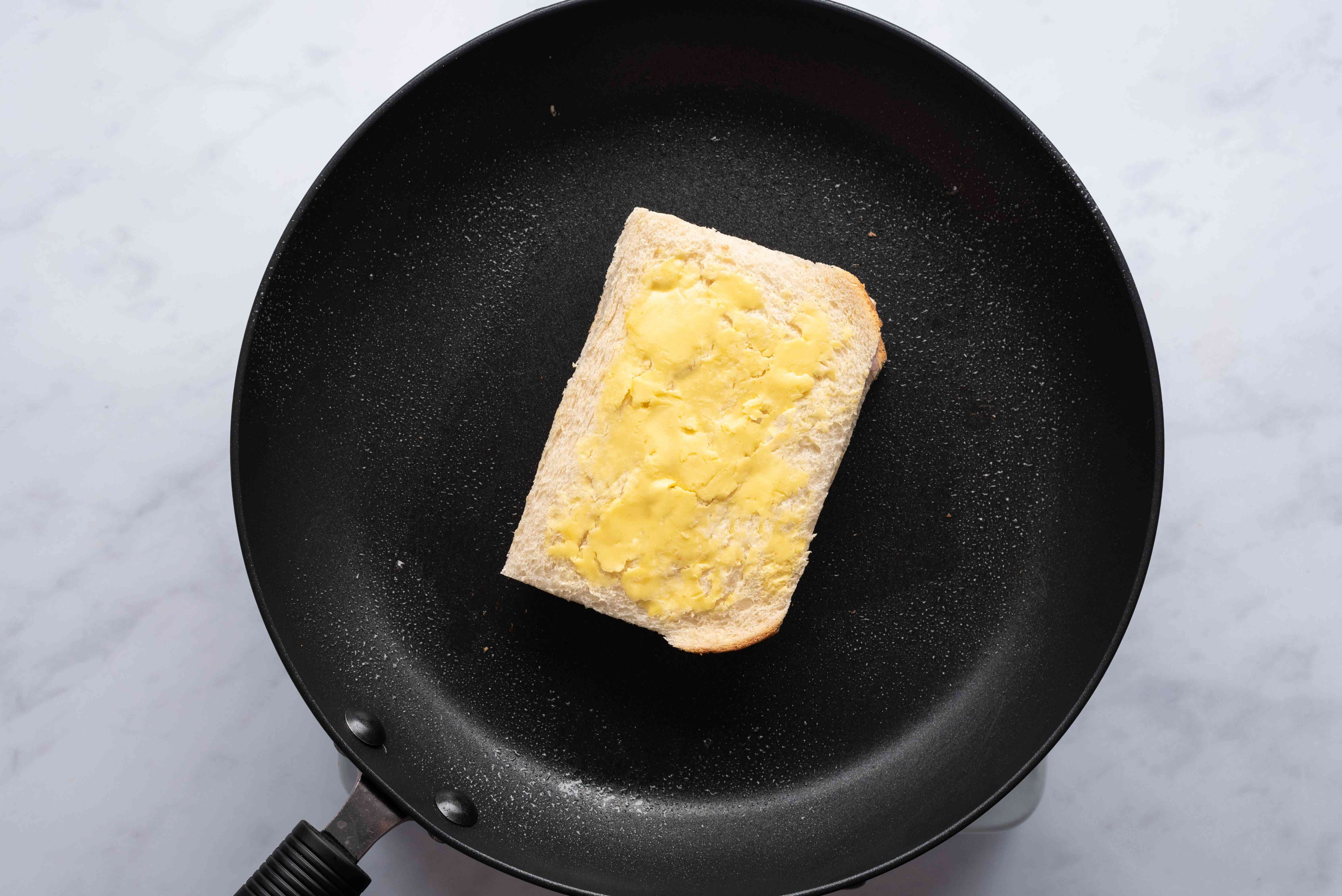sandwich in a pan
