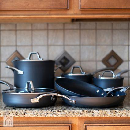 Calphalon Signature Hard Anodized Nonstick Cookware