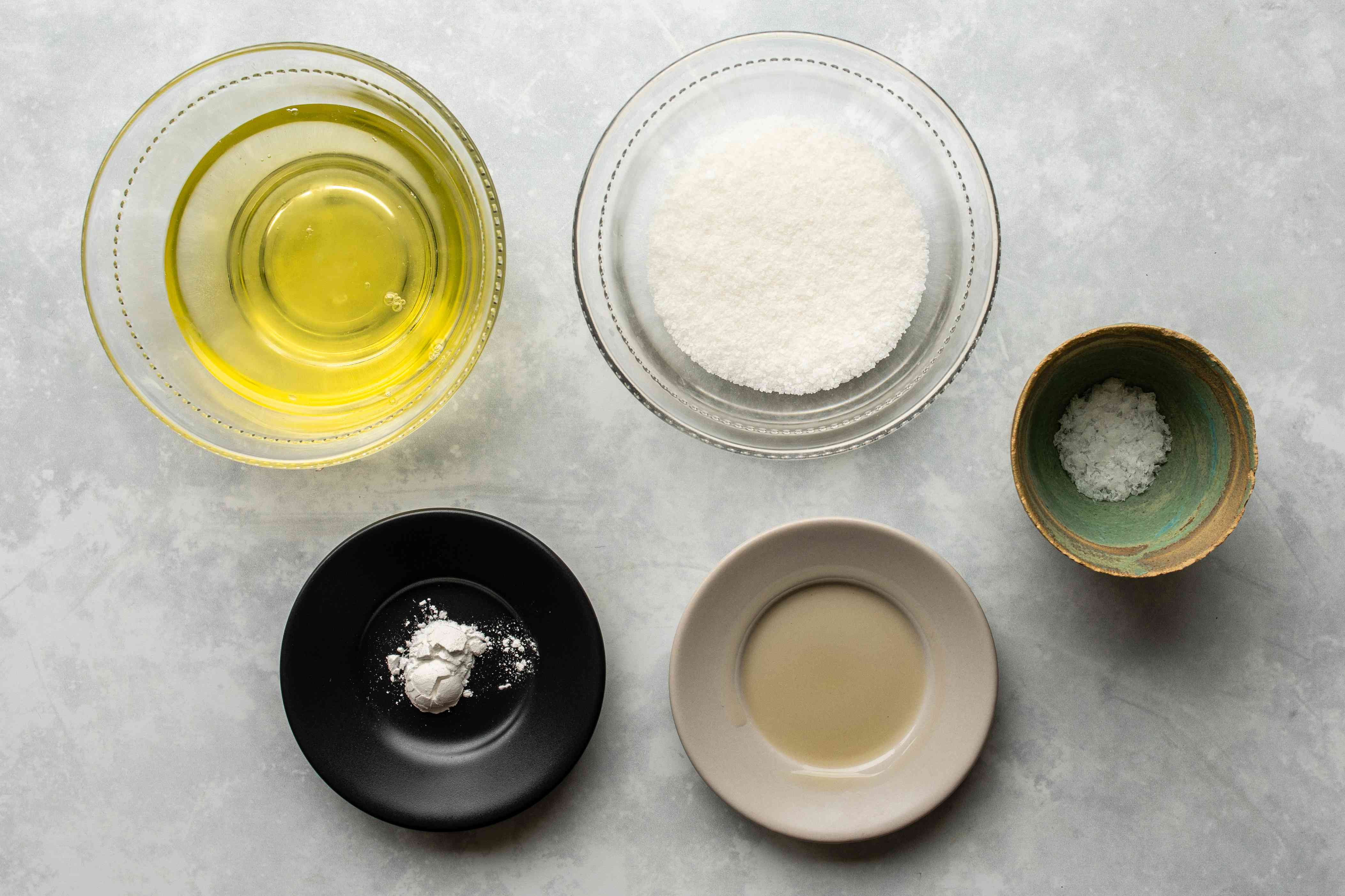 Ingredients for a classic meringue