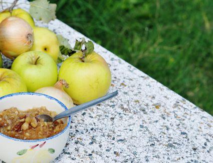 Apple chutney