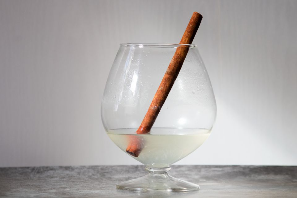 Hot Gin Toddy Cocktail