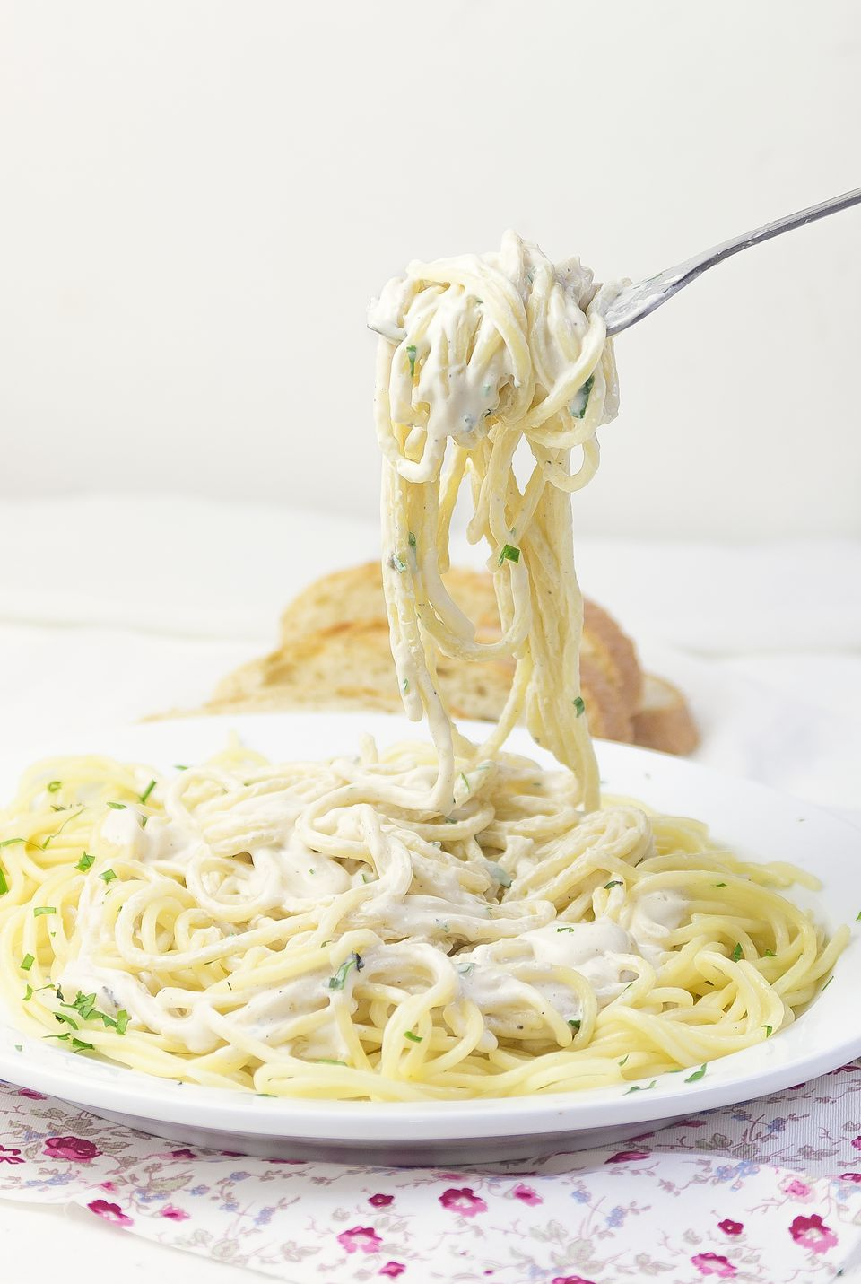 Pasta with vegan white sauce