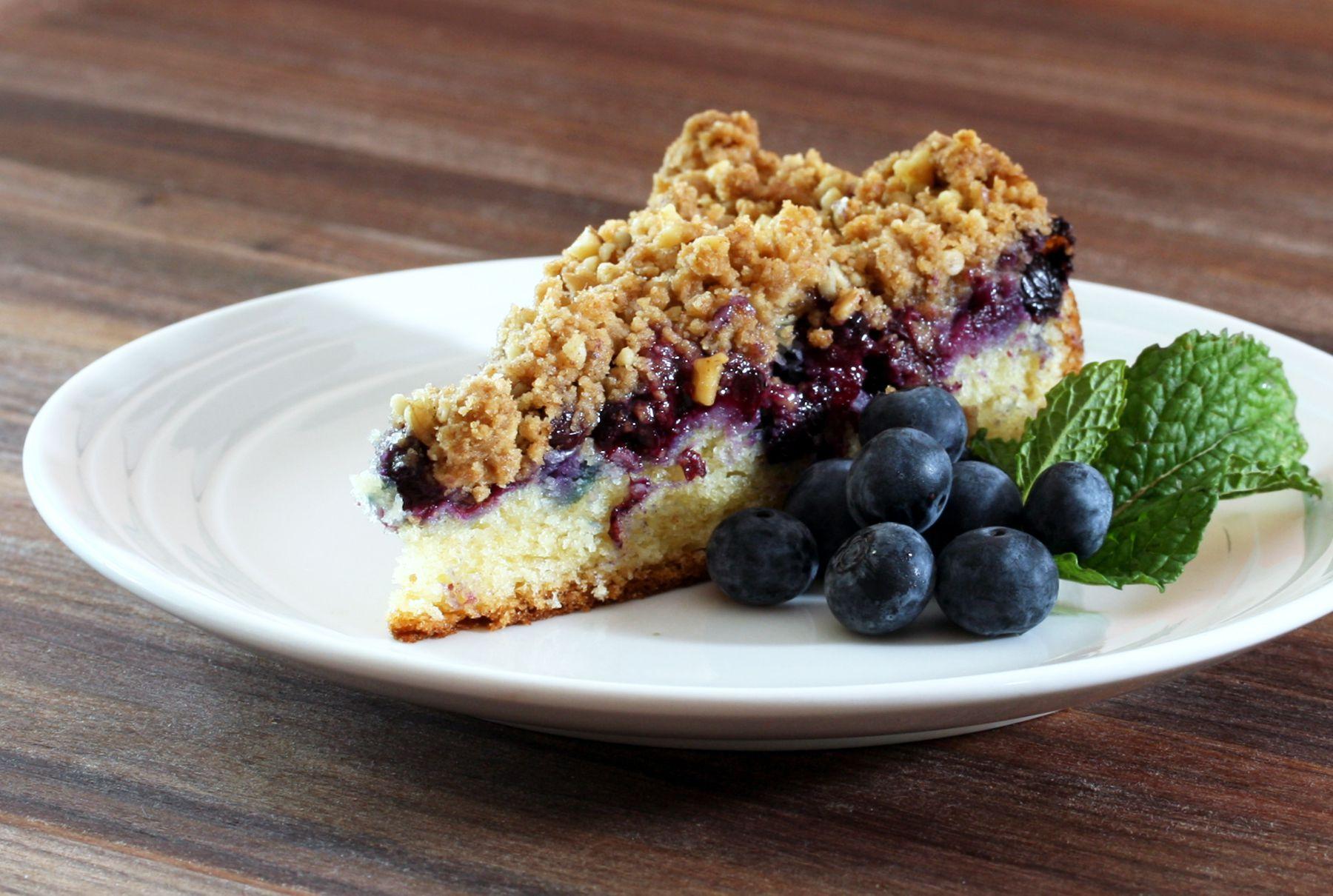 Blueberry Sour Cream Crumb Cake
