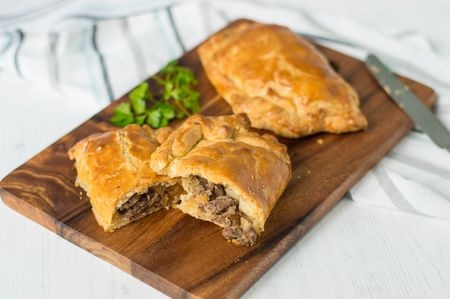 calories in a cornish pasty