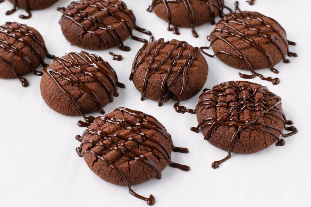 Chocolate Cookies With Mocha Glaze