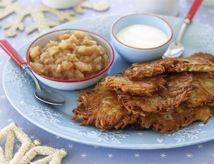 Potato latkes with applesauce and sour cream