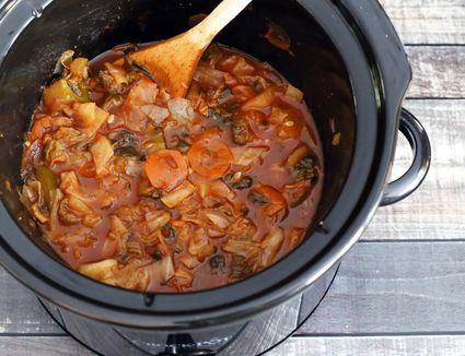 Crock pot garden cabbage soup