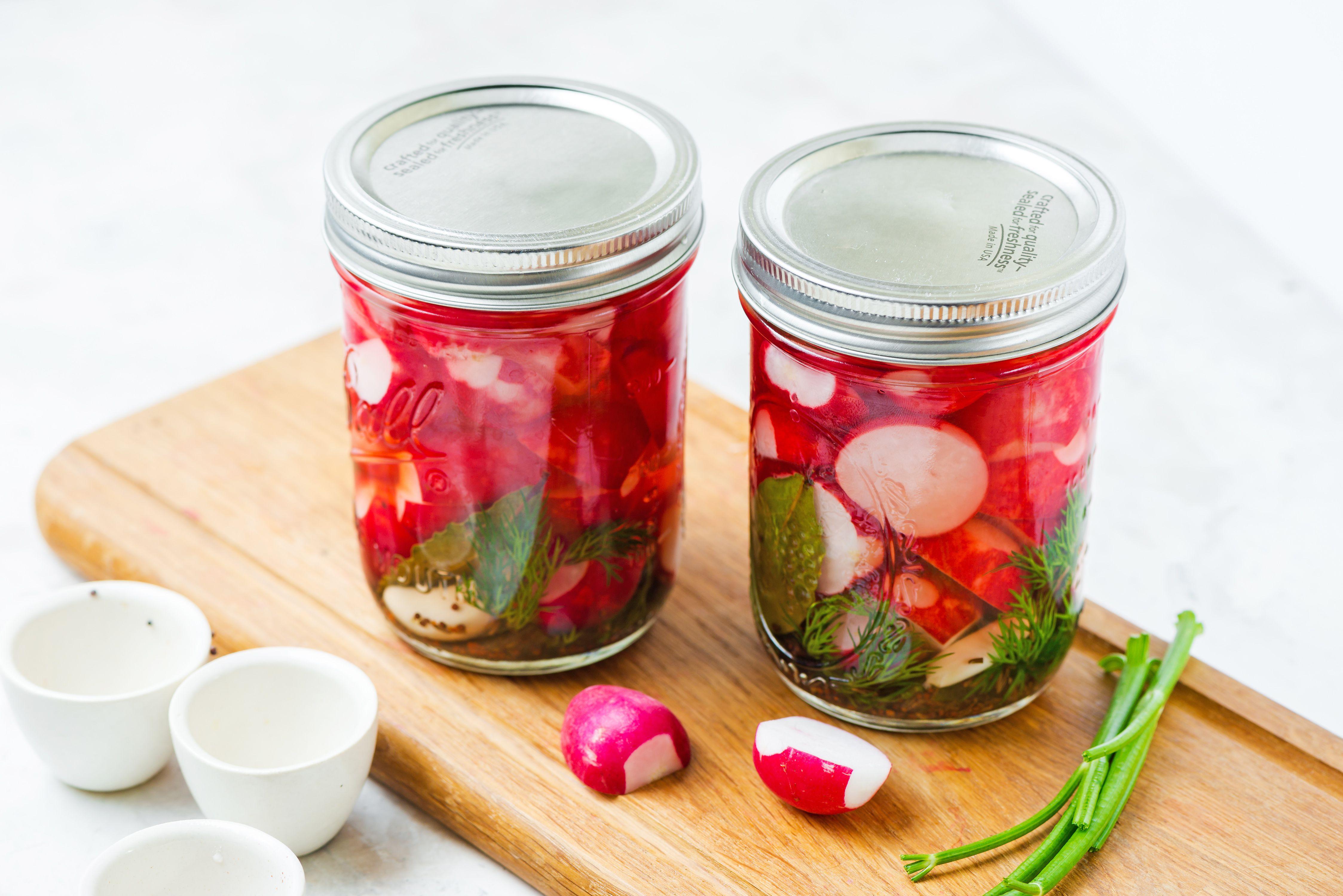 Tighten jar lid