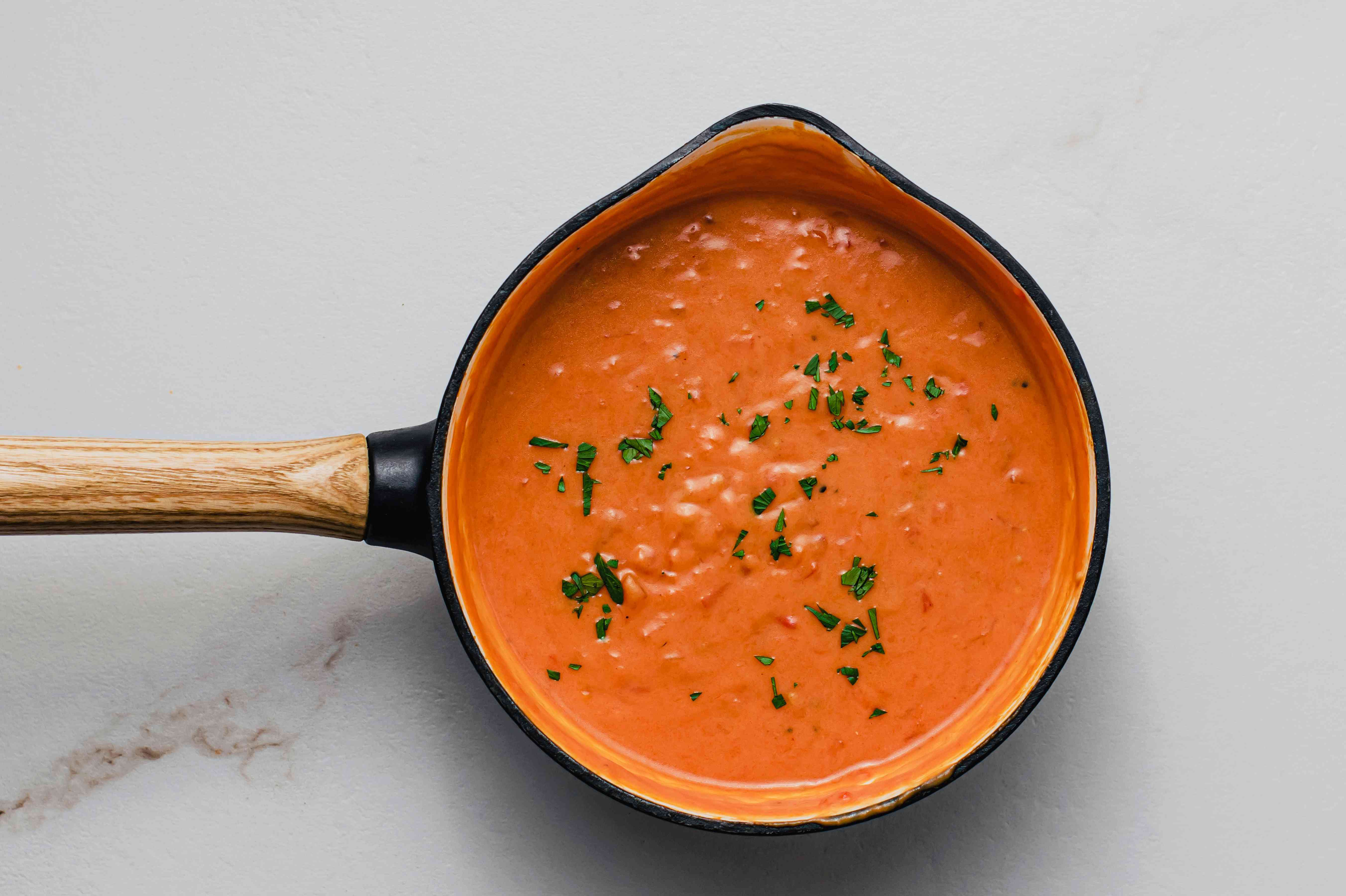 Southern Tomato Gravy - Add Parsley