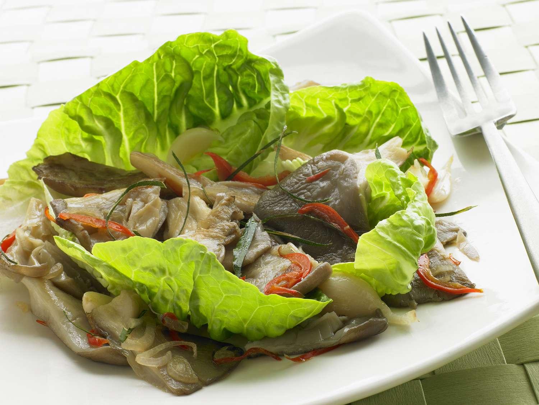 Chilli Fried Oyster Mushroom Salad