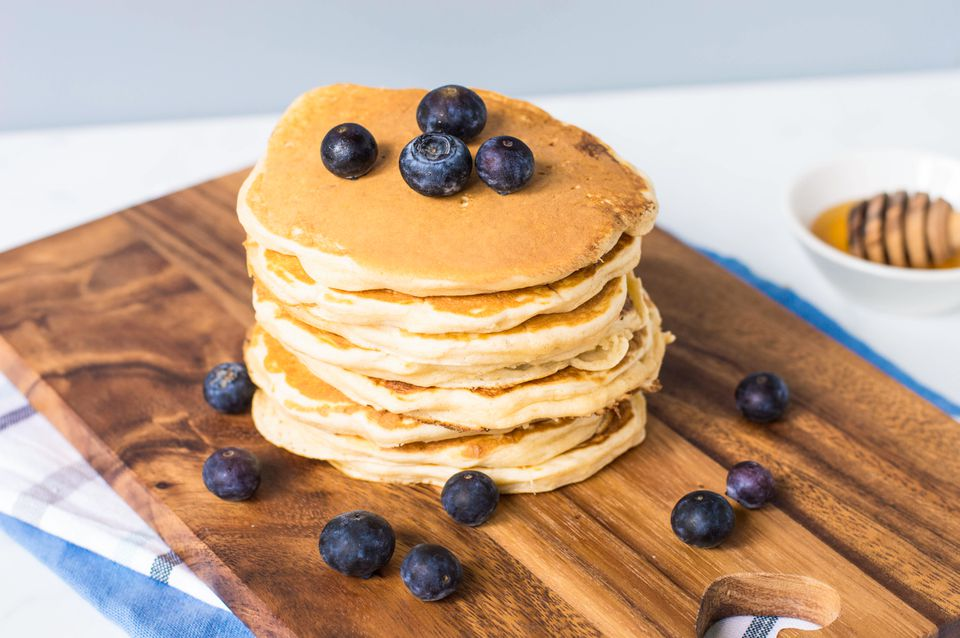 how to cook pancakes from scratch