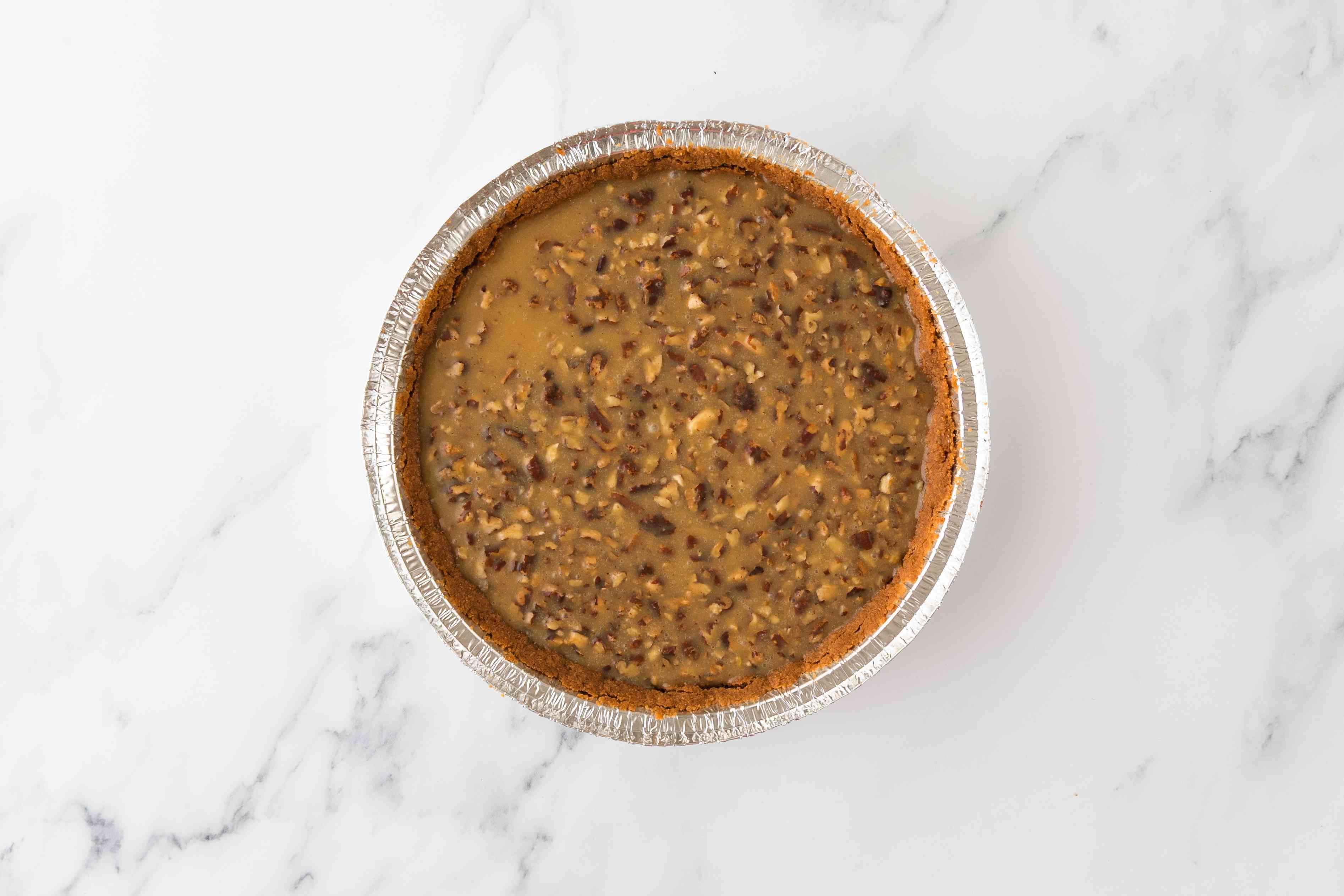 Put filling in pie