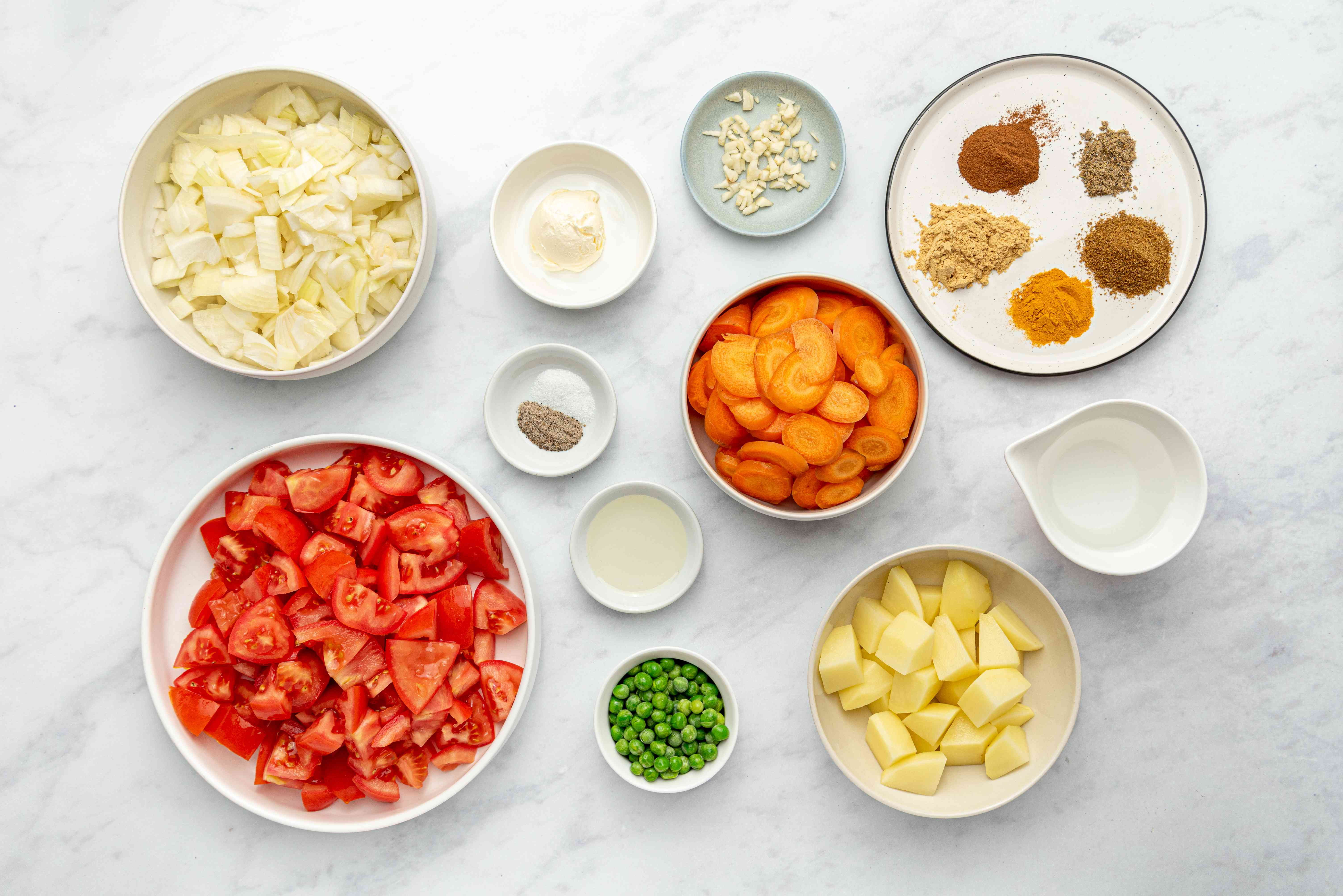 Ingredients for curried Indian vegetables