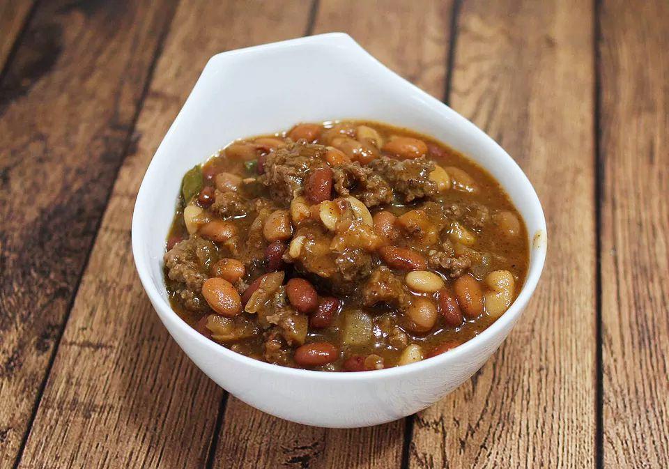 Crockpot beef and bean dinner