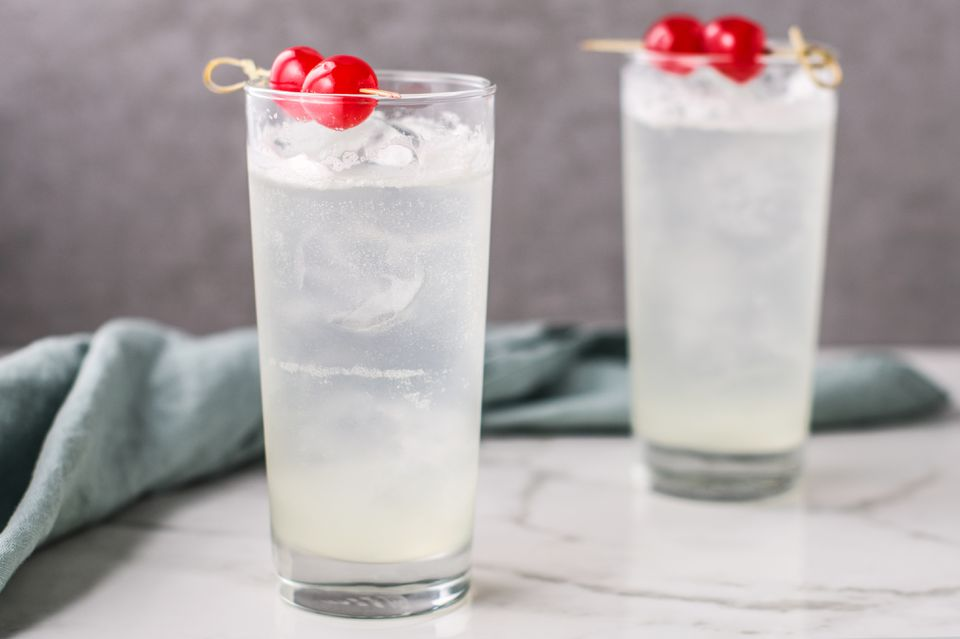 Gin Fizz Cocktail Recipe