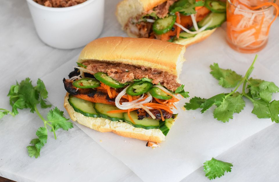 Grilled Chicken Banh Mi