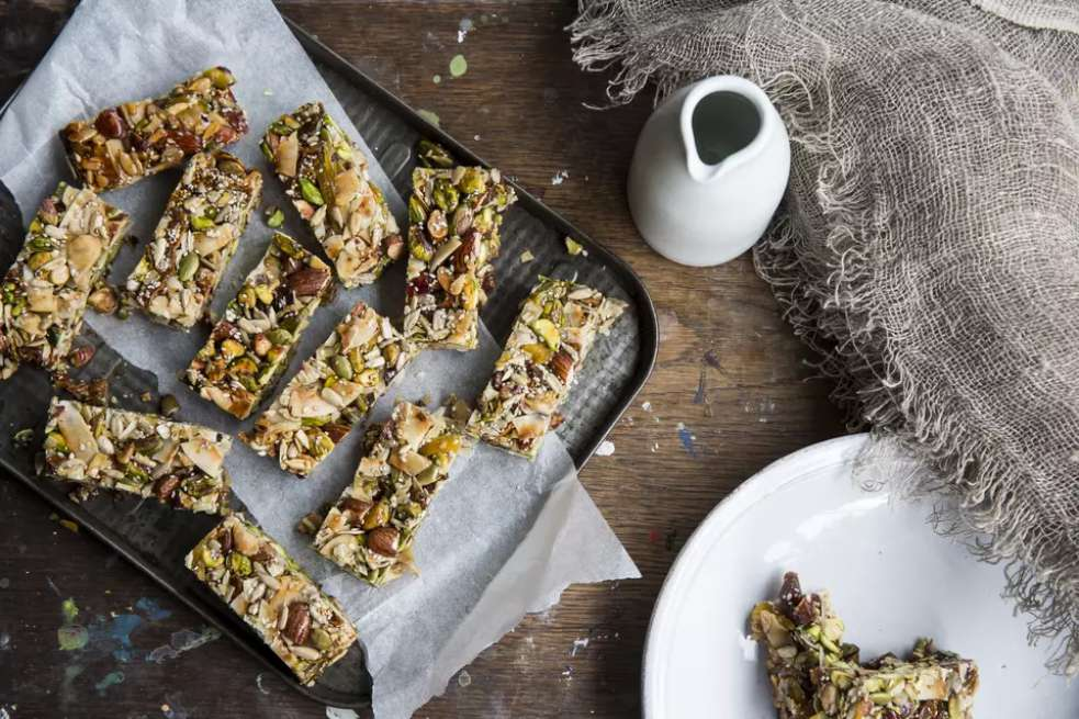 Wholesome Low-Calorie Oat Granola Bars