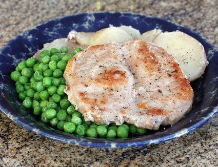 Crock Pot Butterflied Pork Chops With Potatoes