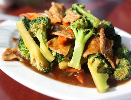 seitan and broccoli