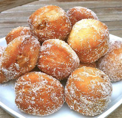 Chilean Dulce de Leche Doughnuts - Berlines