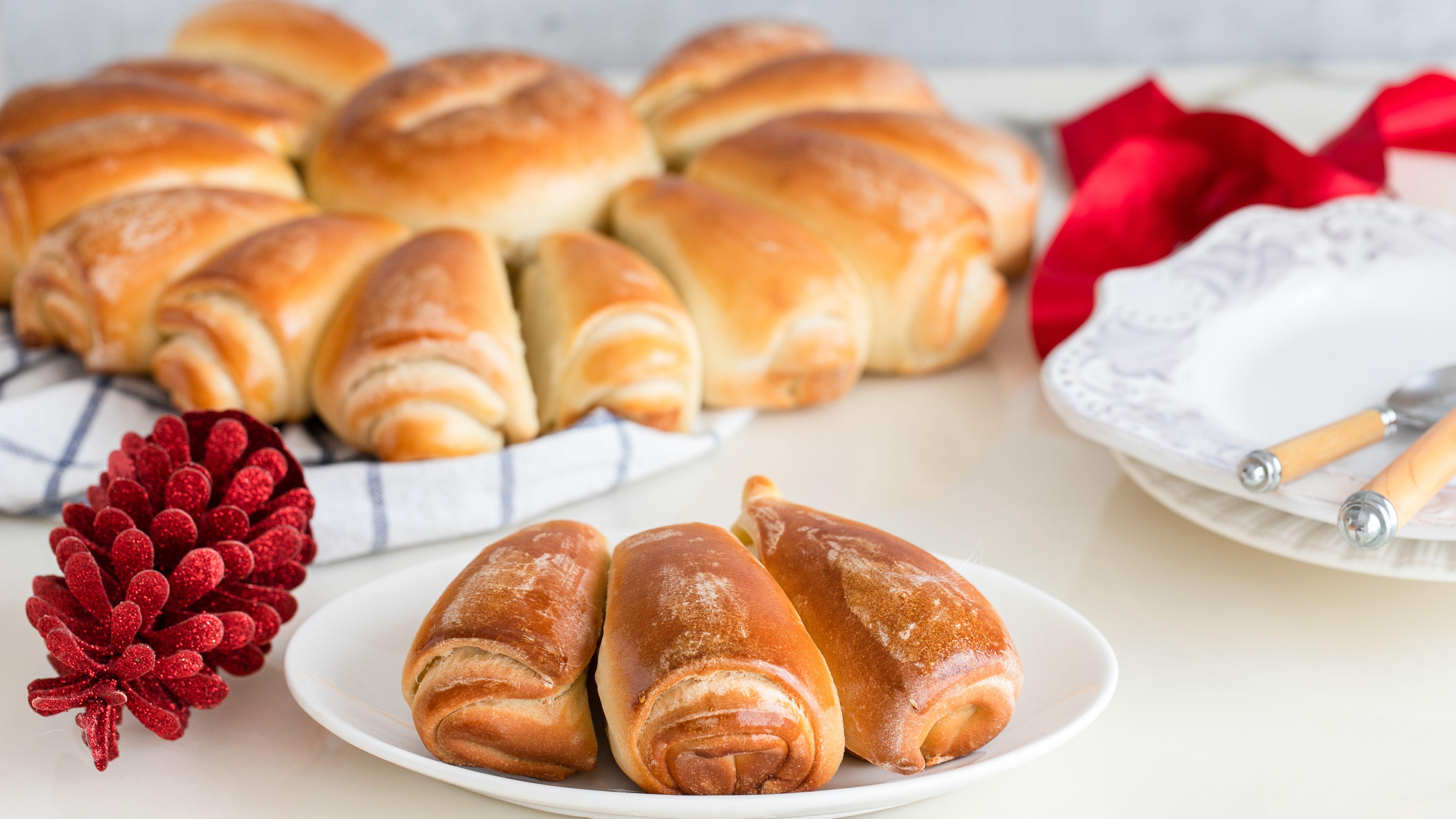 Christmas Bread.Bulgarian Christmas Bread Koledna Pitka