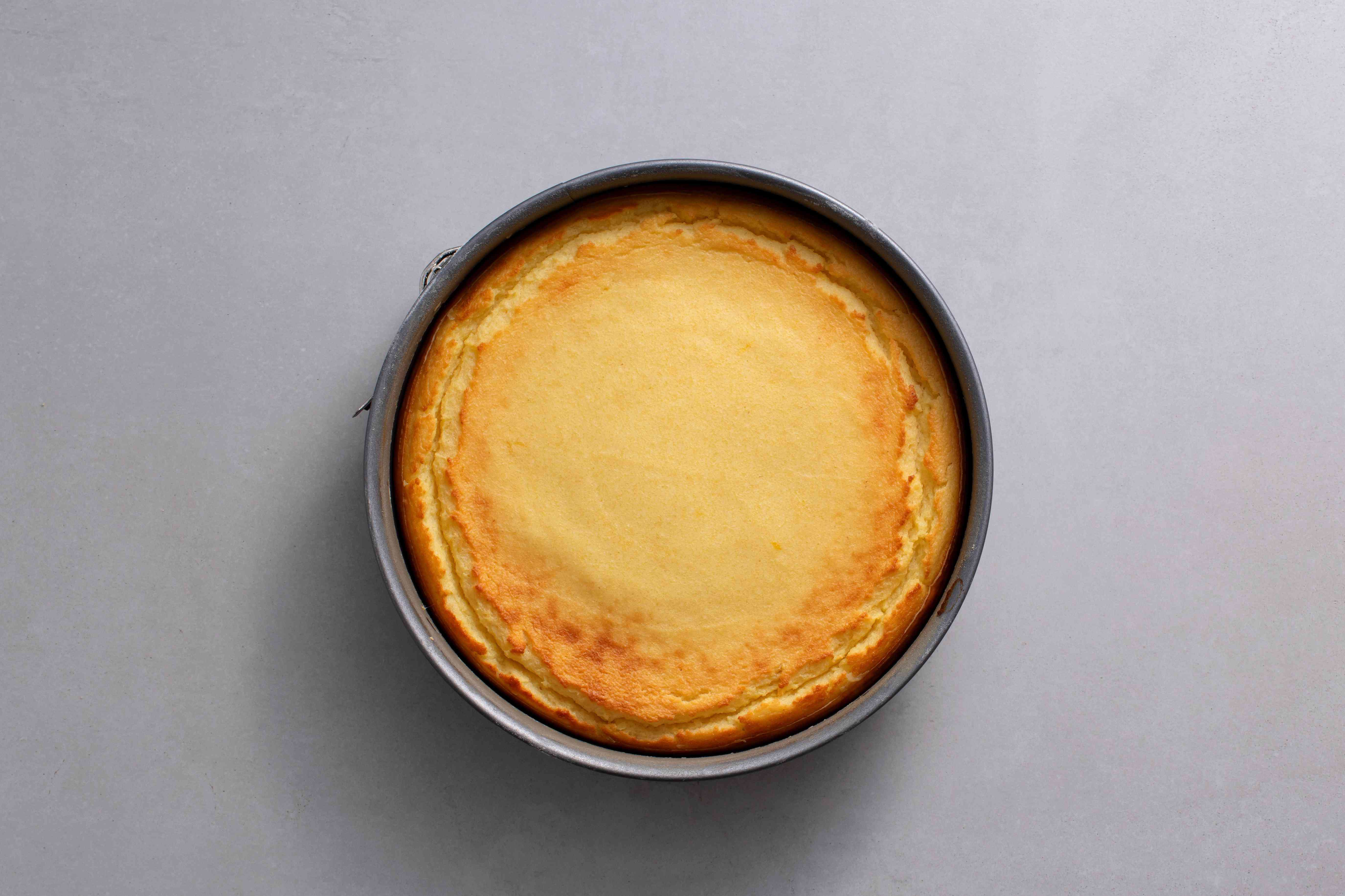 cheesecake in a pan