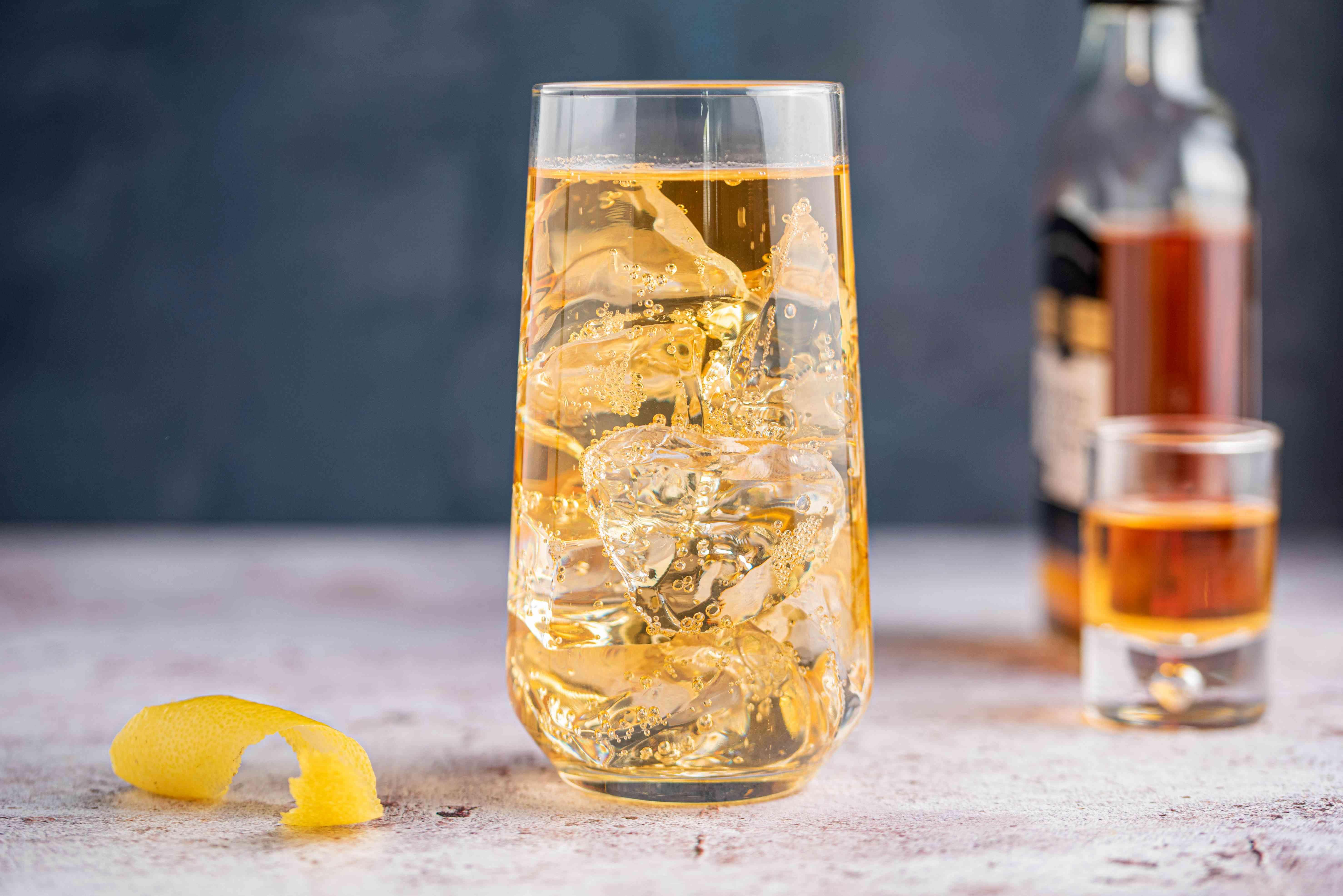 Classic highball cocktail recipe