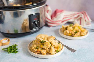 Slow cooker chicken or turkey pie