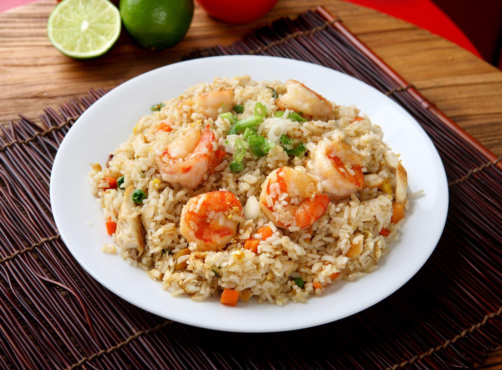 Thai Fried Rice with Shrimp (Khao Phad Kung)