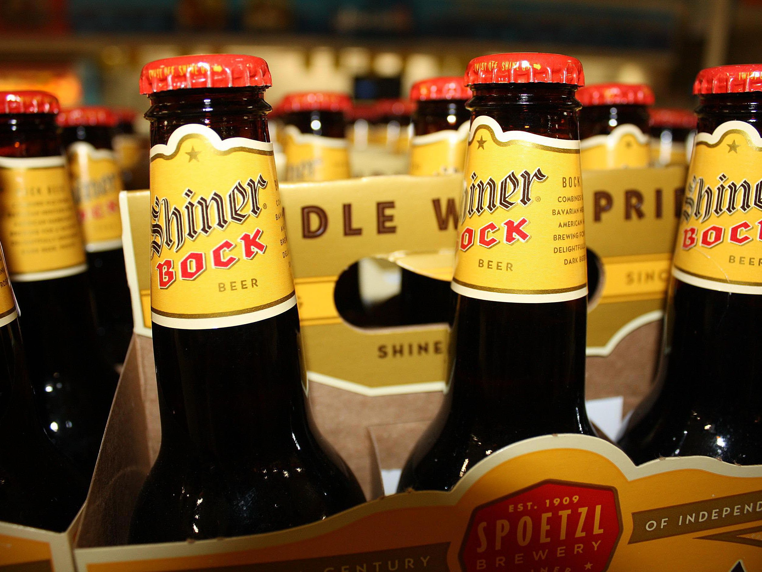 Review of Shiner Bock, the Sweet Beer of Texas