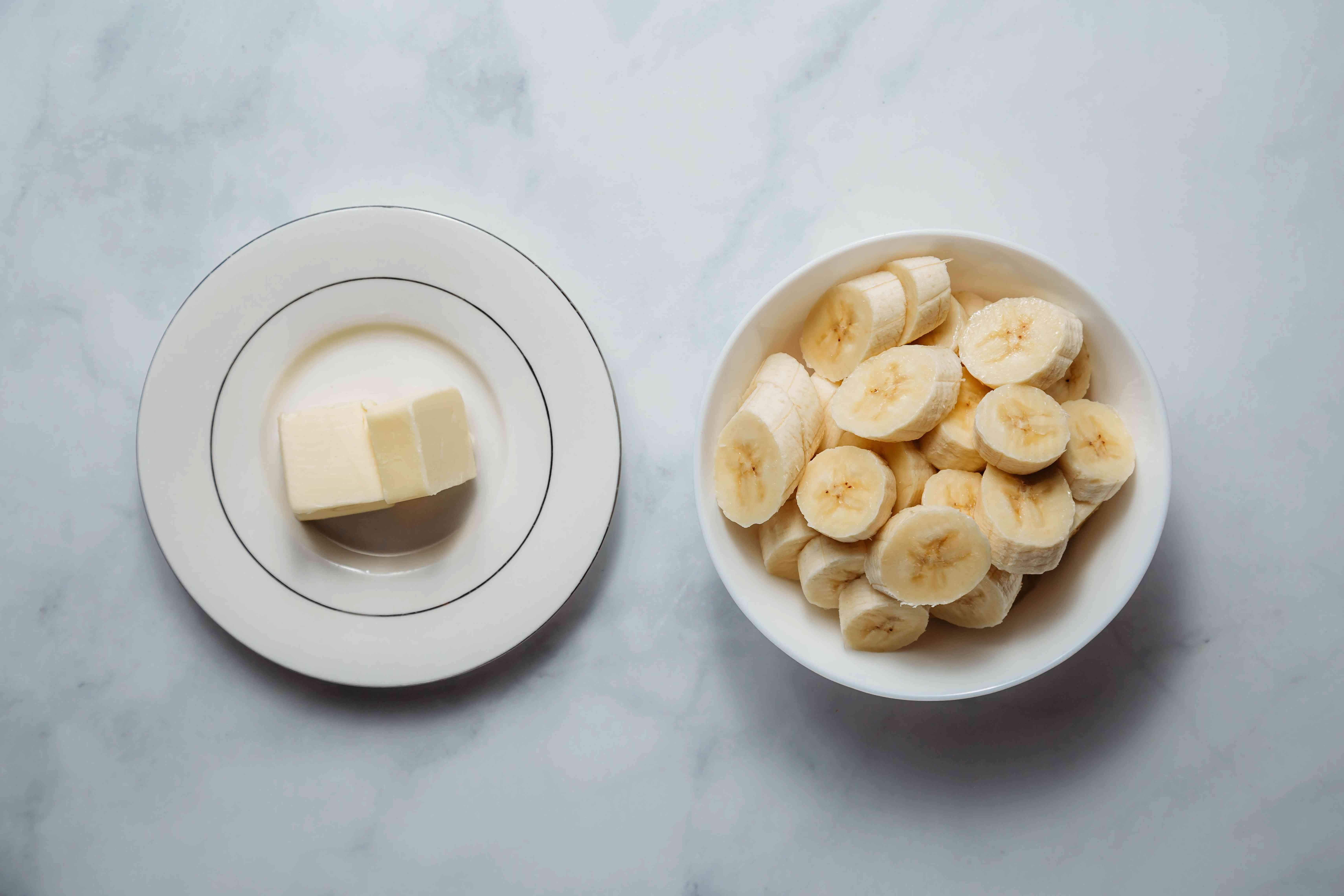 Banana garnish ingredients