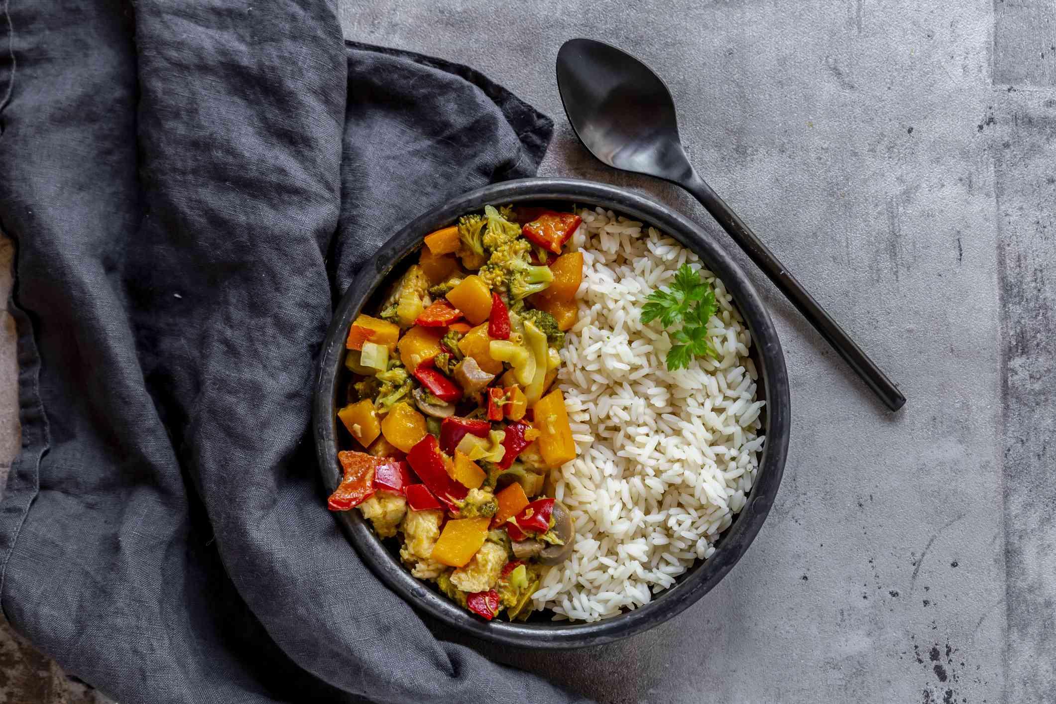 Red kuri squash curry