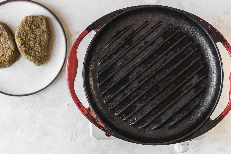 heat an indoor grill