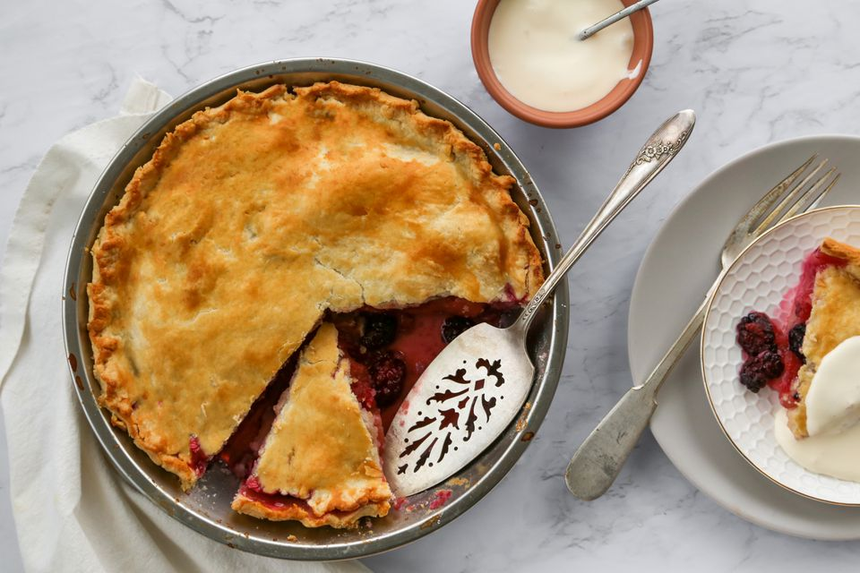 British Apple and Blackberry Pie