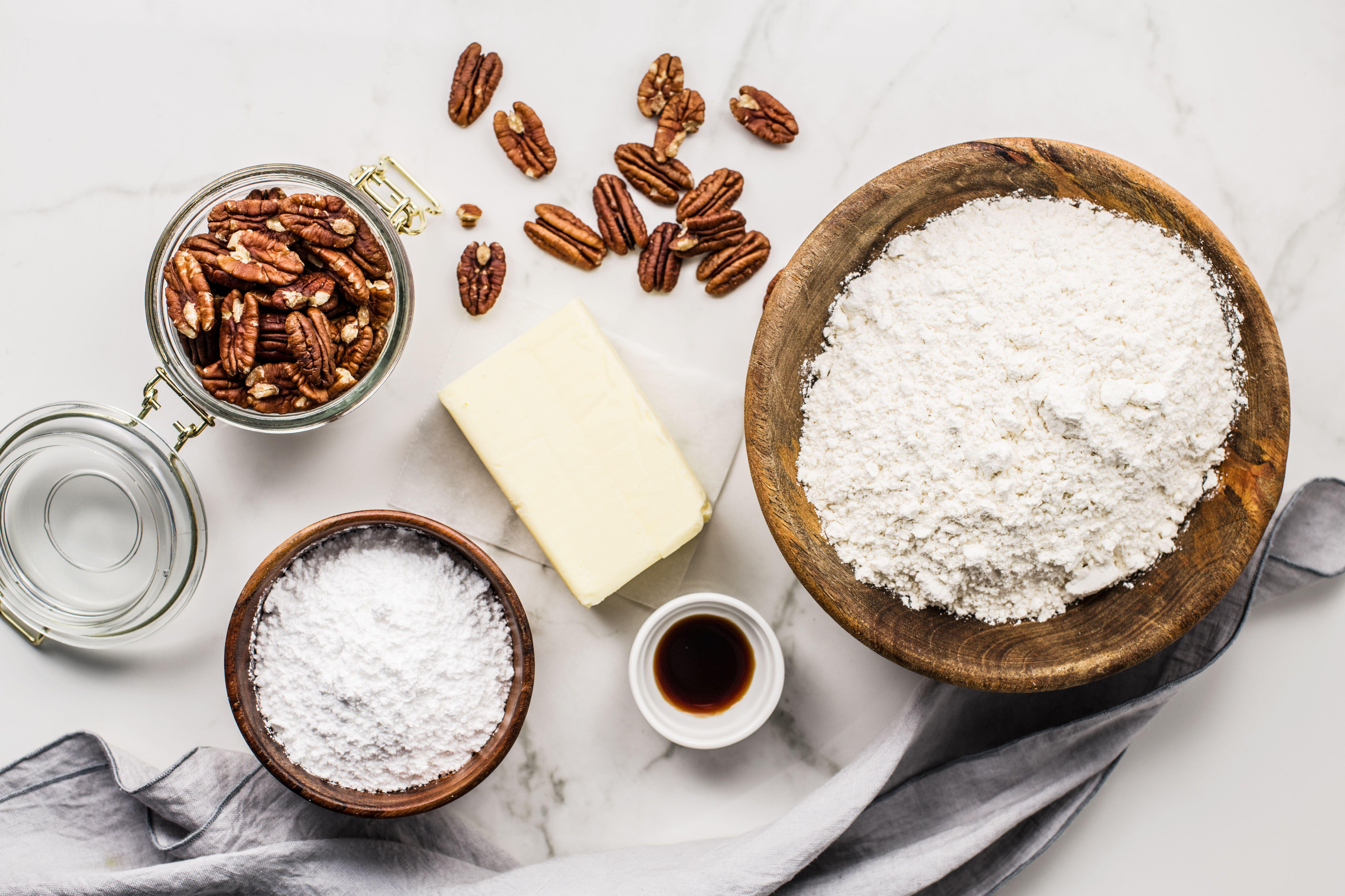 Pecan Butterball Cookies ingredients