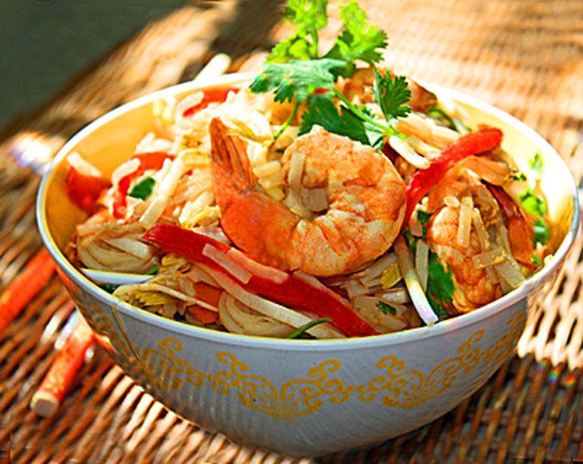Receta de ensalada de fideos tailandeses con bajo contenido de carbohidratos