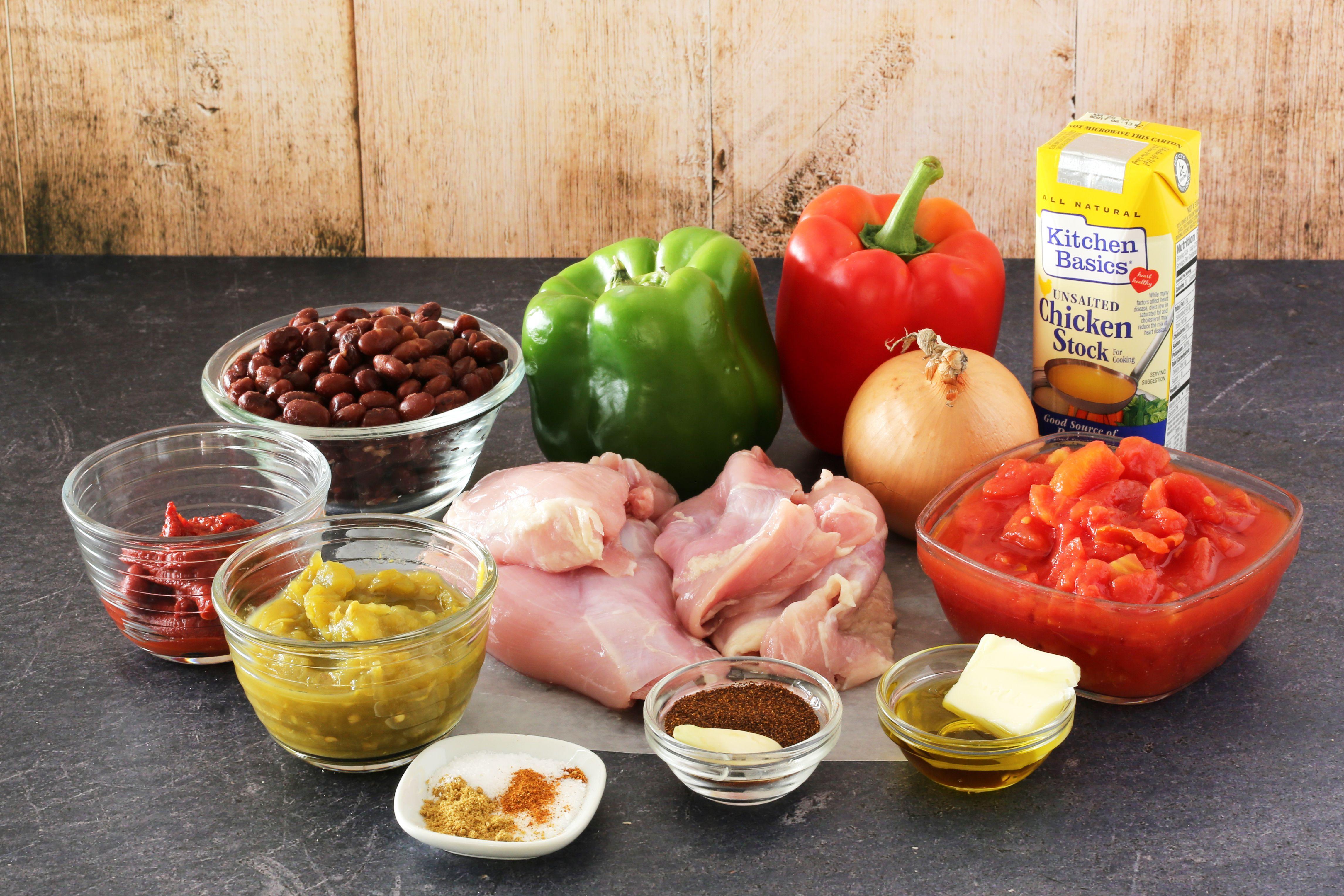 Ingredients for chicken chili.