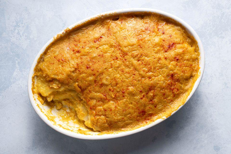 Rich and Creamy Vegan Potatoes Au Gratin