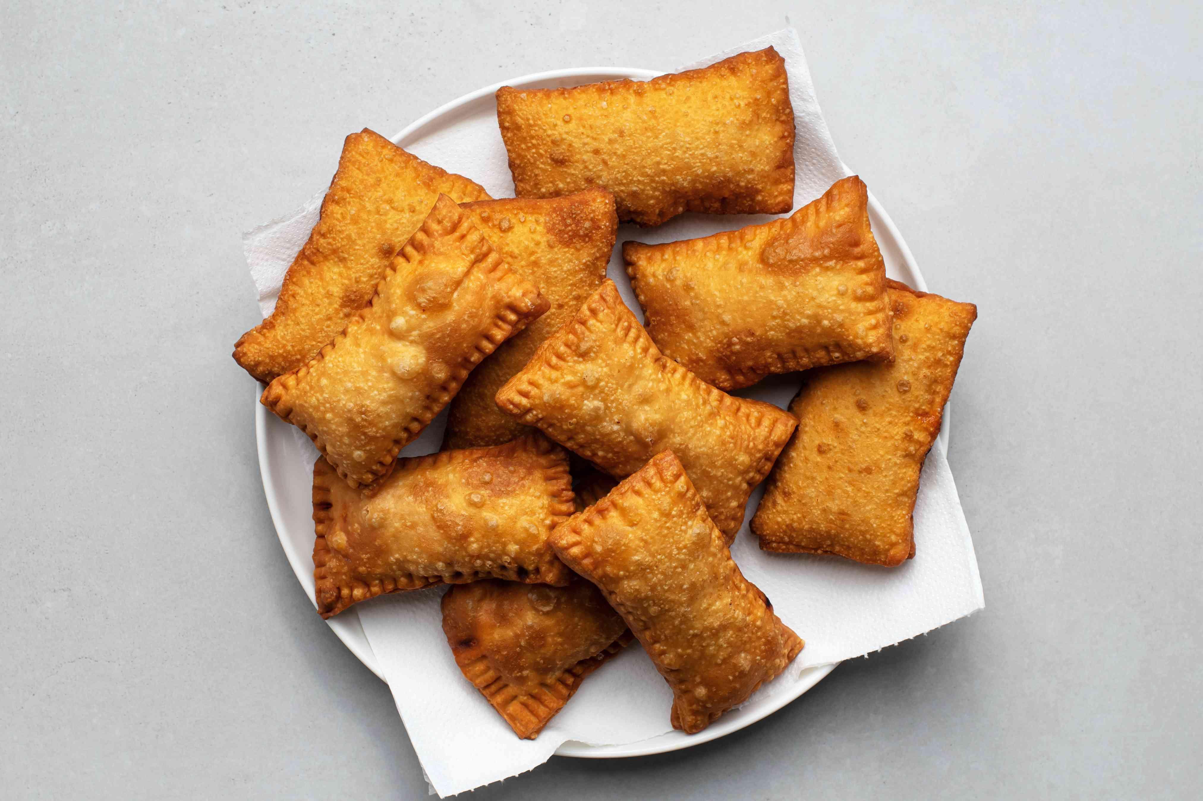 Brazilian Pasteis With Chicken (Pastel Frito de Frango) on a plate