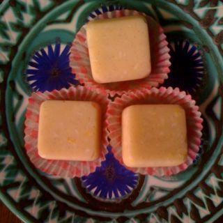 """Dreamy Creamy Raw Coconut Cream """"Candy"""" Recipe"""