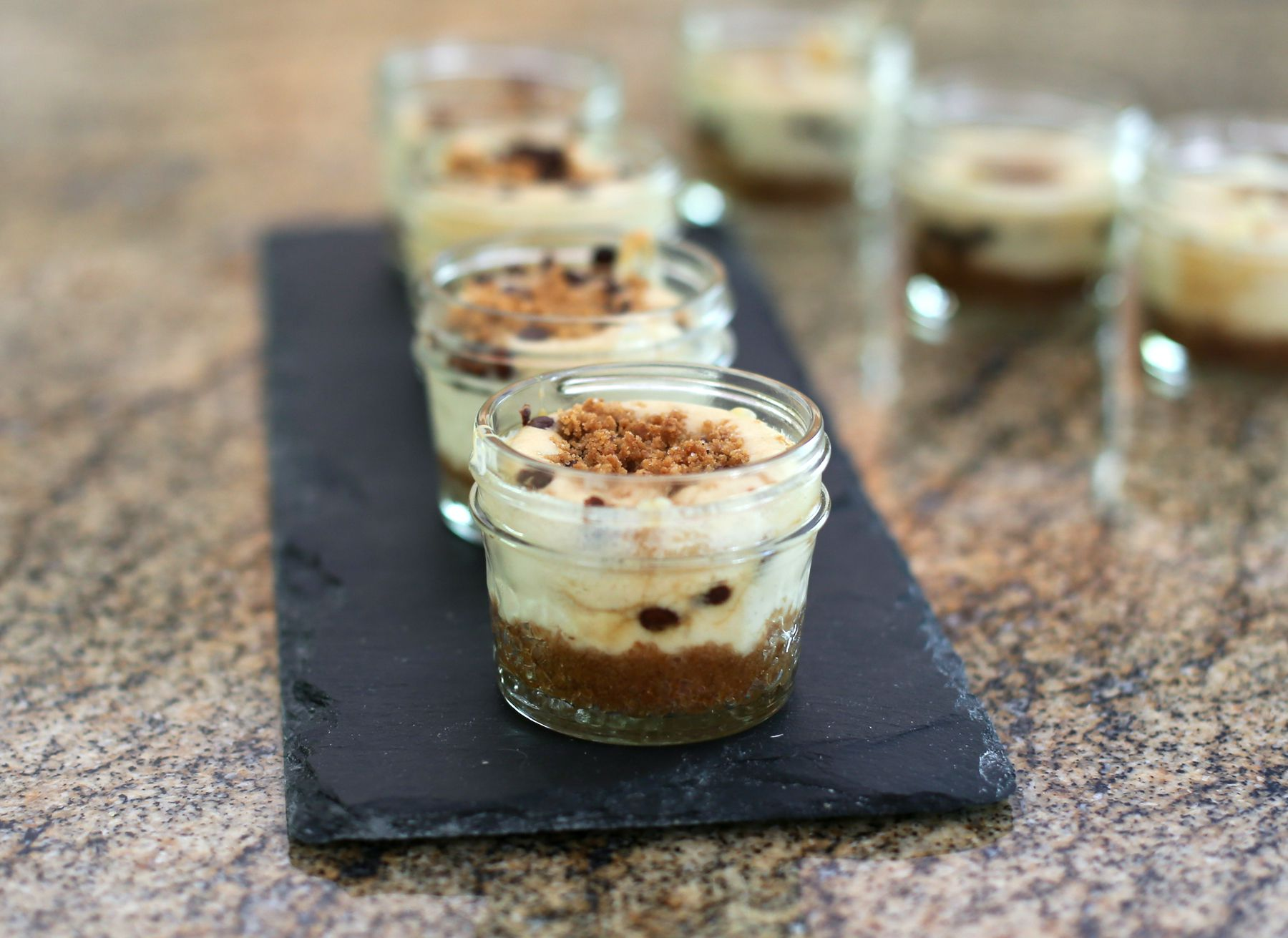 Mini Canning Jar Cheesecakes With Brown Sugar