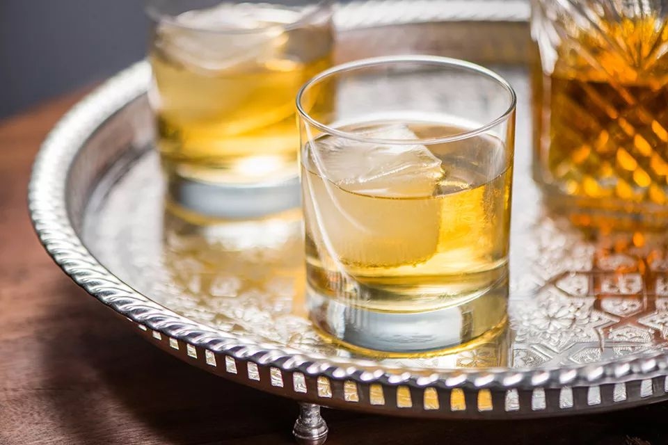 Classic Whiskey Highball Cocktail