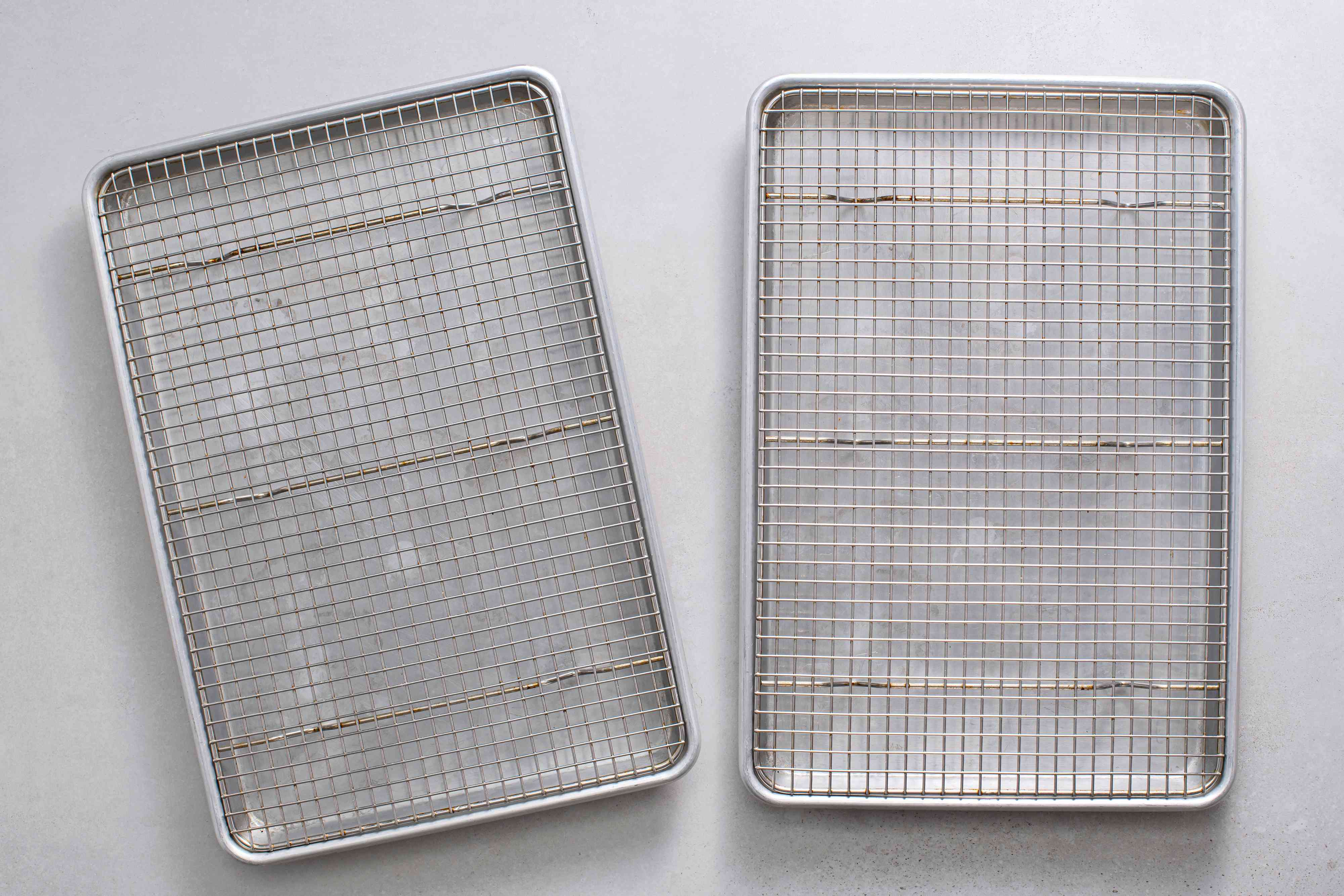 baking sheets with wire racks