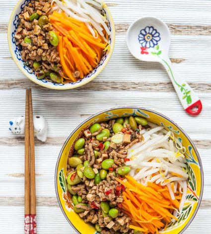 Zhajiangmian in a pair of bowls