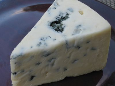 List of Artisanal Cheeses Made With Vegetarian Rennet