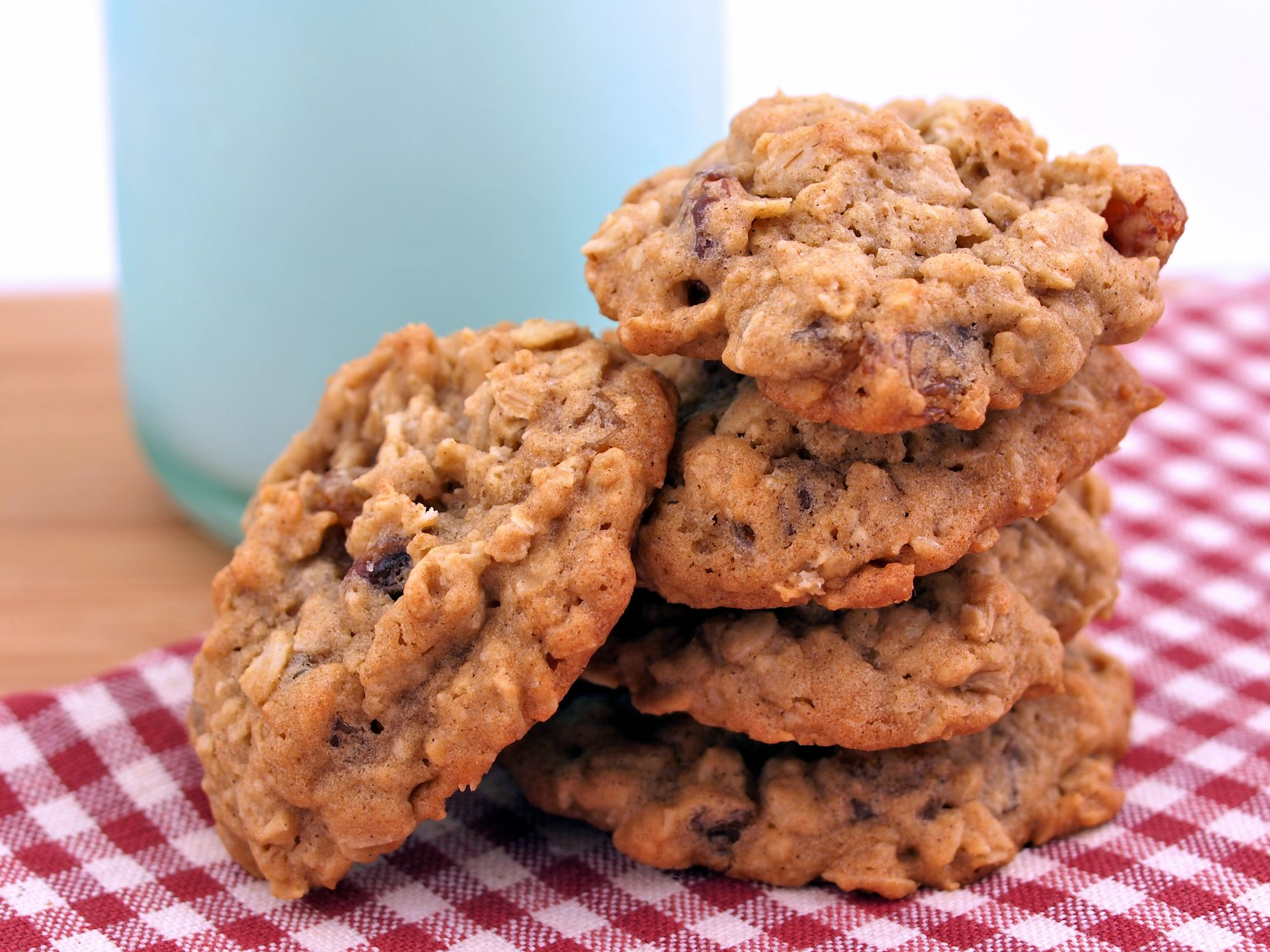 Chewy Cinnamon Oatmeal Walnut Cookies Made With Brown Sugar